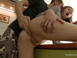 Порно секс русские кончают в рот