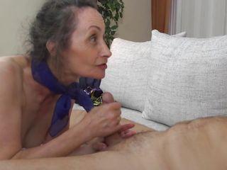 Порно тощие бабушки