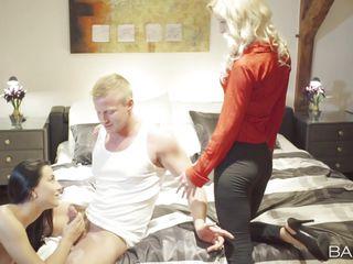 дома снял секс с женой